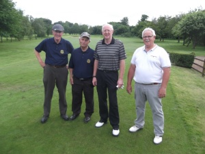 Ken, my host, the guy on the right. Malcolm and I played him and Jim last year in the Harwood trophy -we lost!